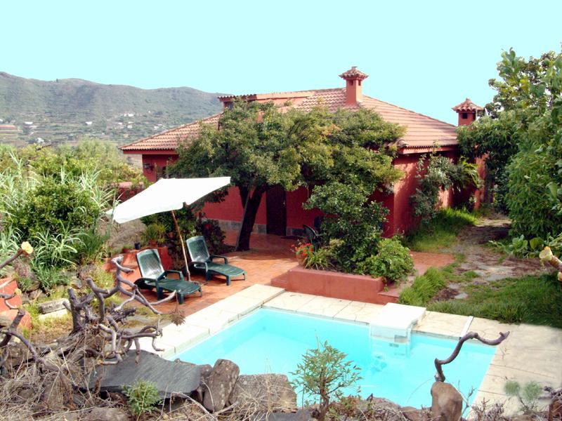 gran canaria alleinlage rustikales ferienhaus mit pool in valsequillo. Black Bedroom Furniture Sets. Home Design Ideas